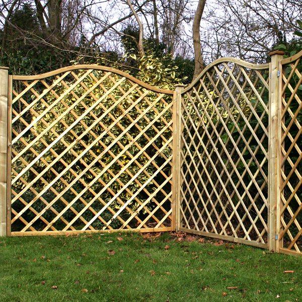 Build a shed using fence panels